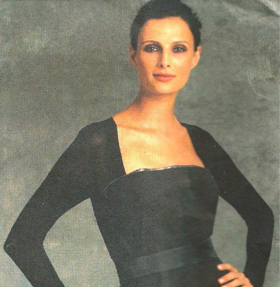 Vogue Dress Pattern 1077 sizes 6 8 10 12 UNCUT by SewReallyCute, $10.00