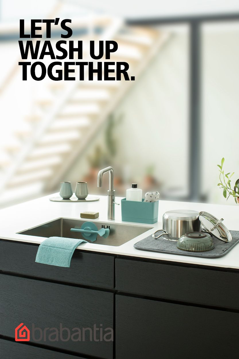 What Do You Need In Sink Accessories A Dish Rack Draining Mat Or Cleaning Wipes With The Brabantia Sink Accesso Keuken Inrichting Keuken Ideeen Poppenhuizen
