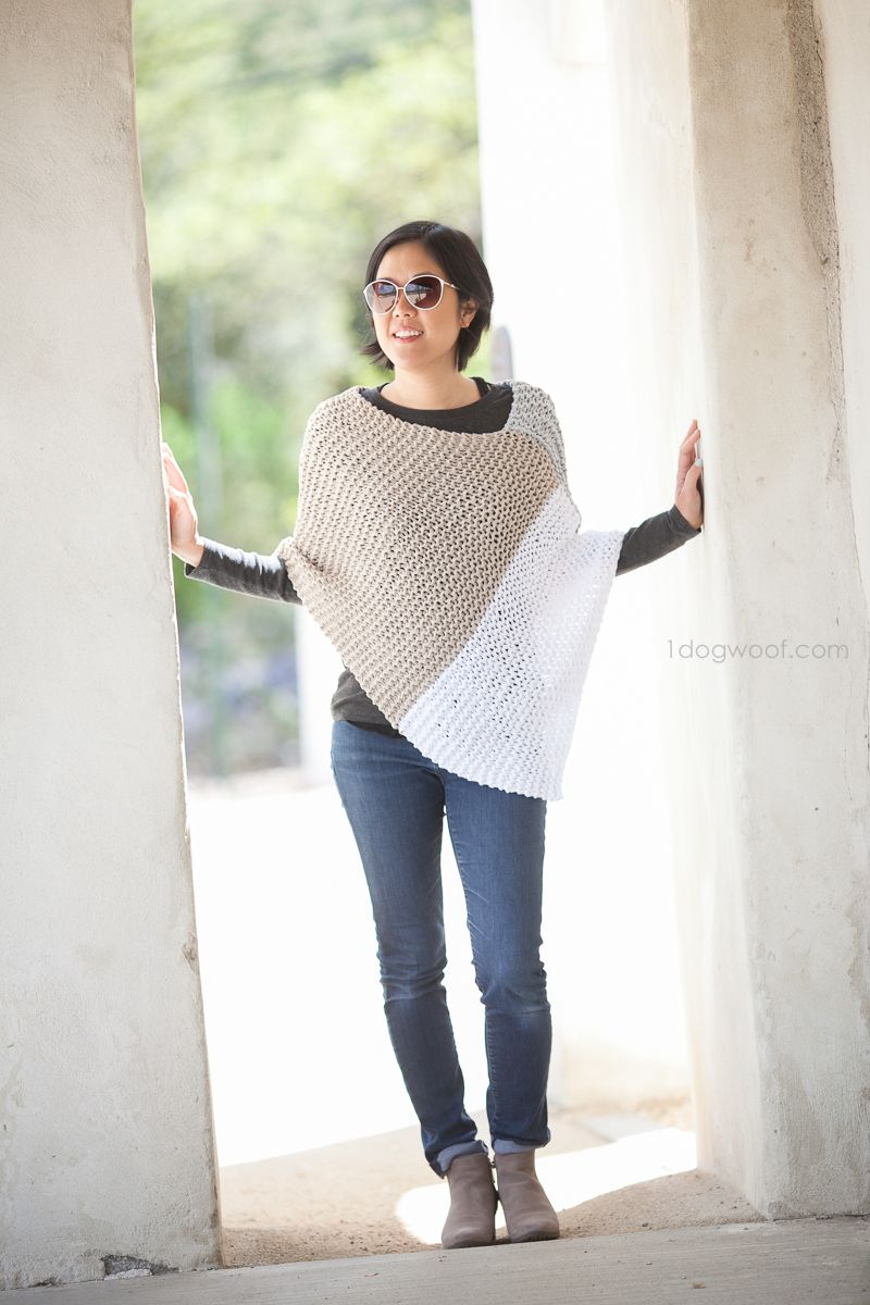 Easy Knit Catalunya Colorblock Poncho | Knitting projects | Pinterest
