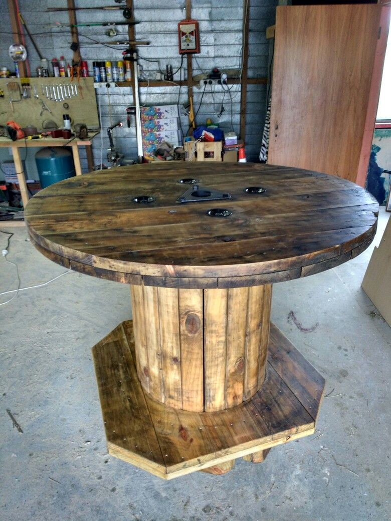 Cable drum bar leaner | Potters Creek Projects | Pinterest