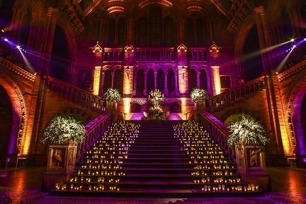 Stunning setups by @wiseproductions at @NHM venue last night, dinner for TWO in the great hall! #eventprofs
