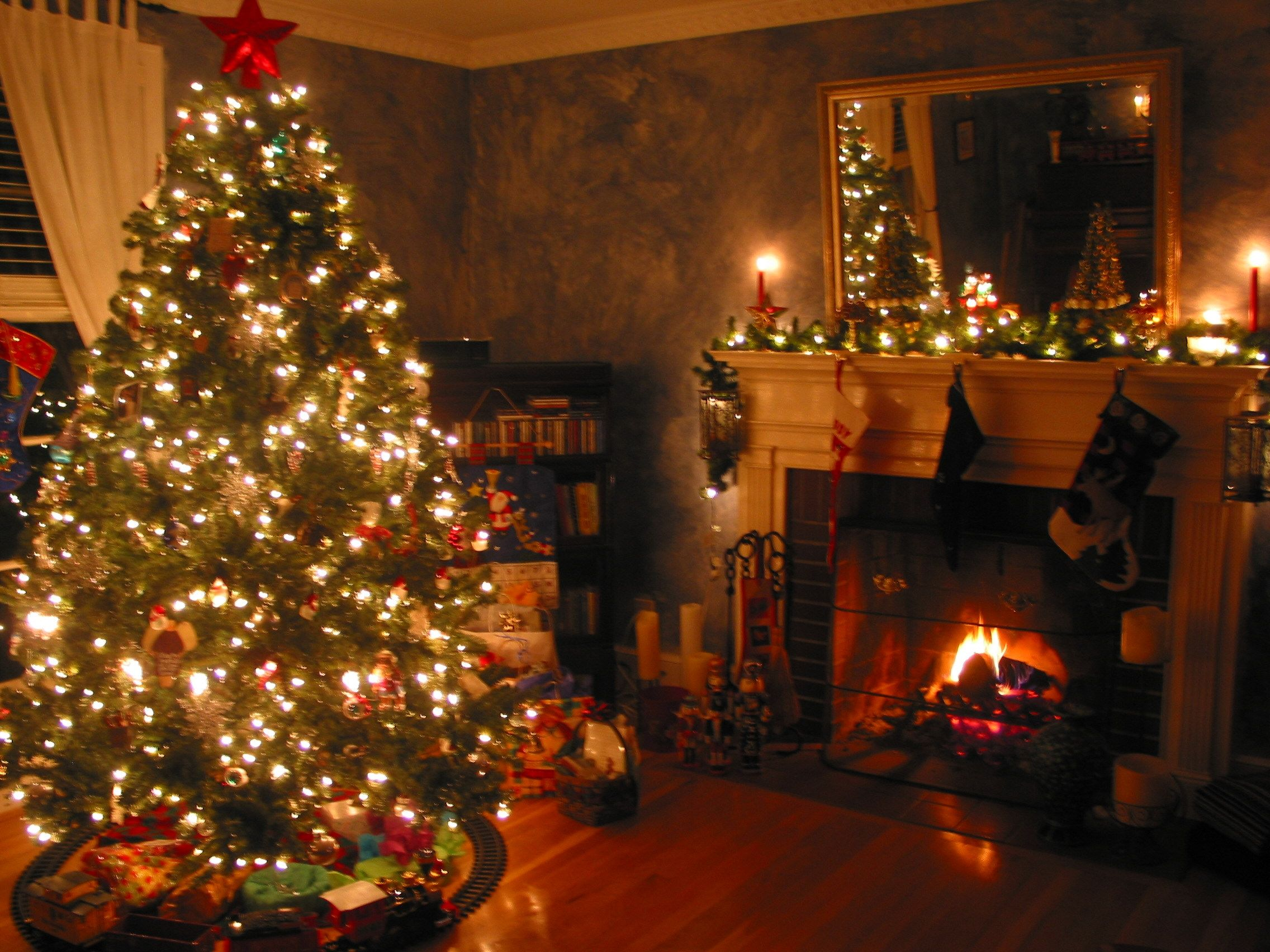 Christmas Fireplace Decorating Ideas Decorate Living Room