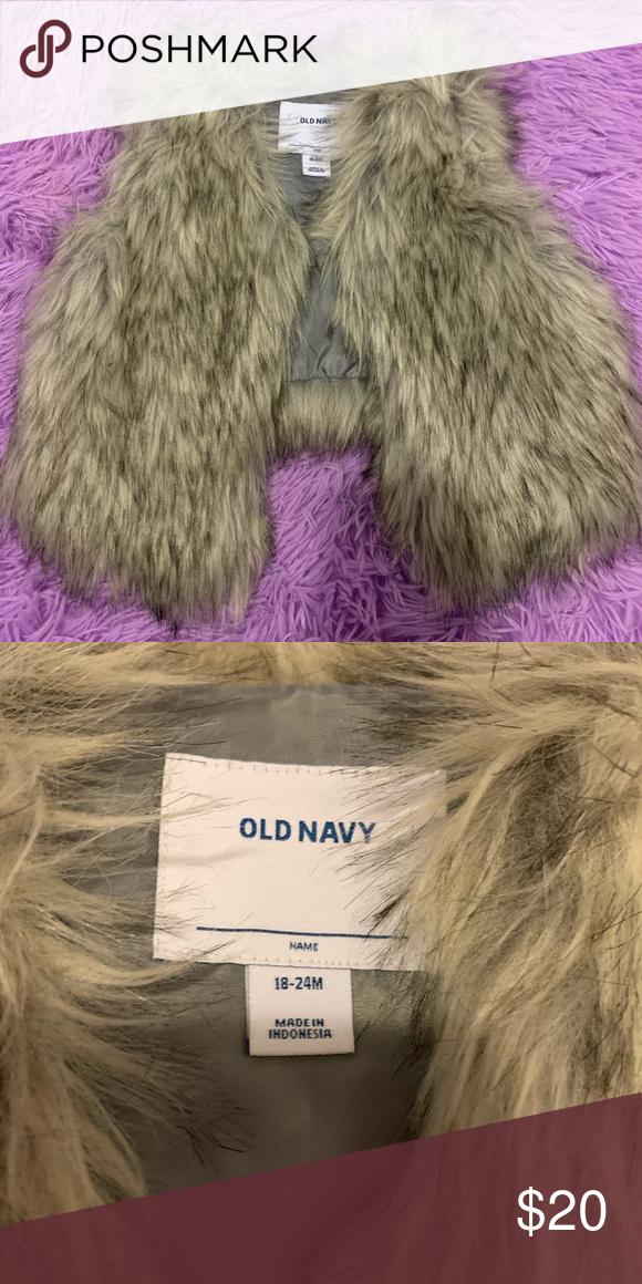 Photo of Toddler Girl Faux Fur Vest Toddler Girls Old Navy faux fur vest. Size 18-24 mont…