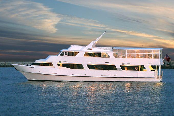 Dandeana Wedding Yacht Charters Fantasea Yachts Marina Del Rey Yacht Party Yacht Yacht Wedding