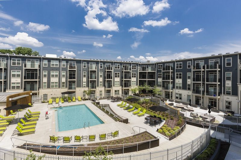 The Citron Apartments In Silver Spring Md Resort Style Pool Courtyard Pool Apartment Pool