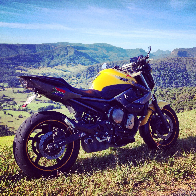 Motorcycle Gallery: Yamaha XJ6