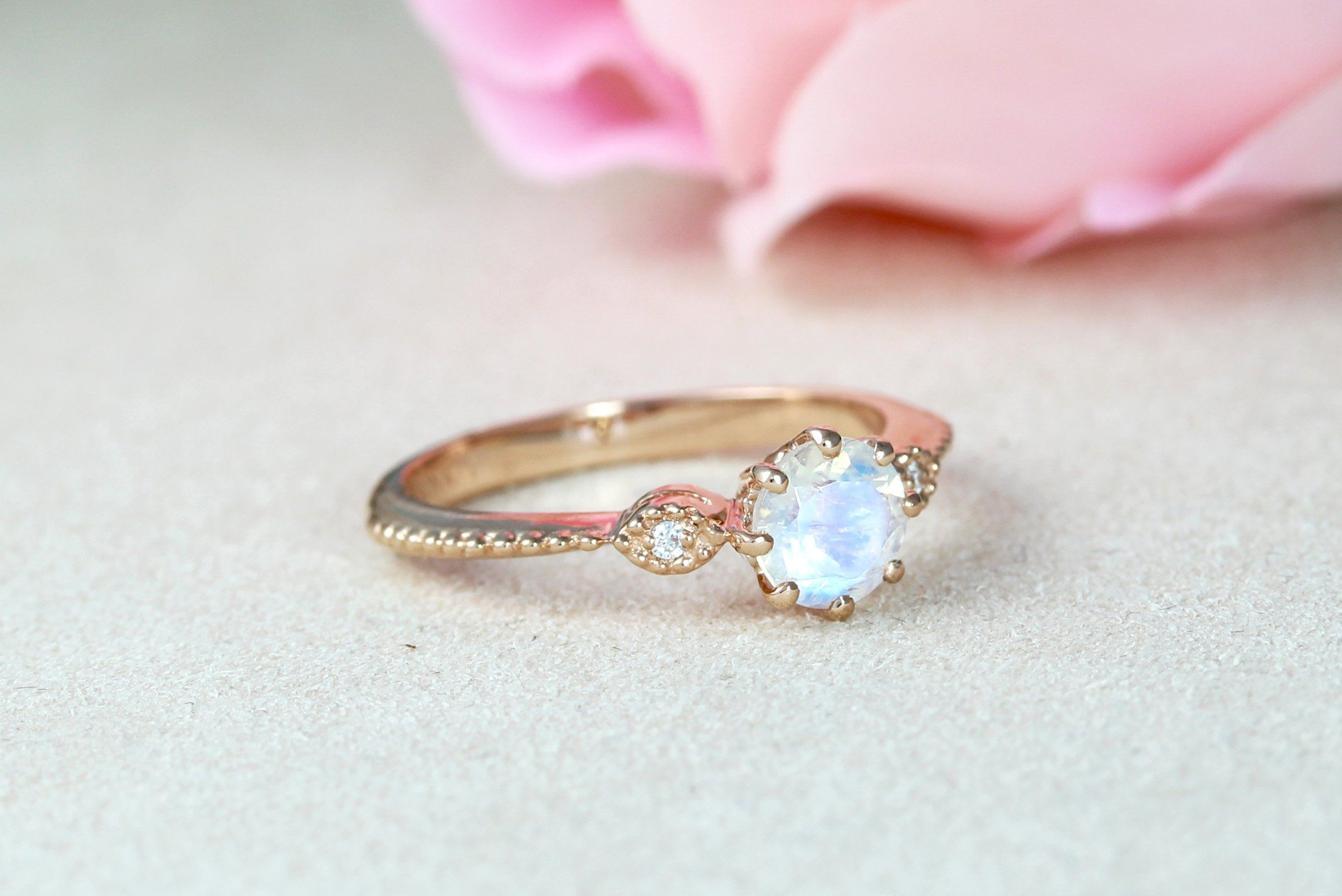 32++ Vintage rose gold wedding rings information
