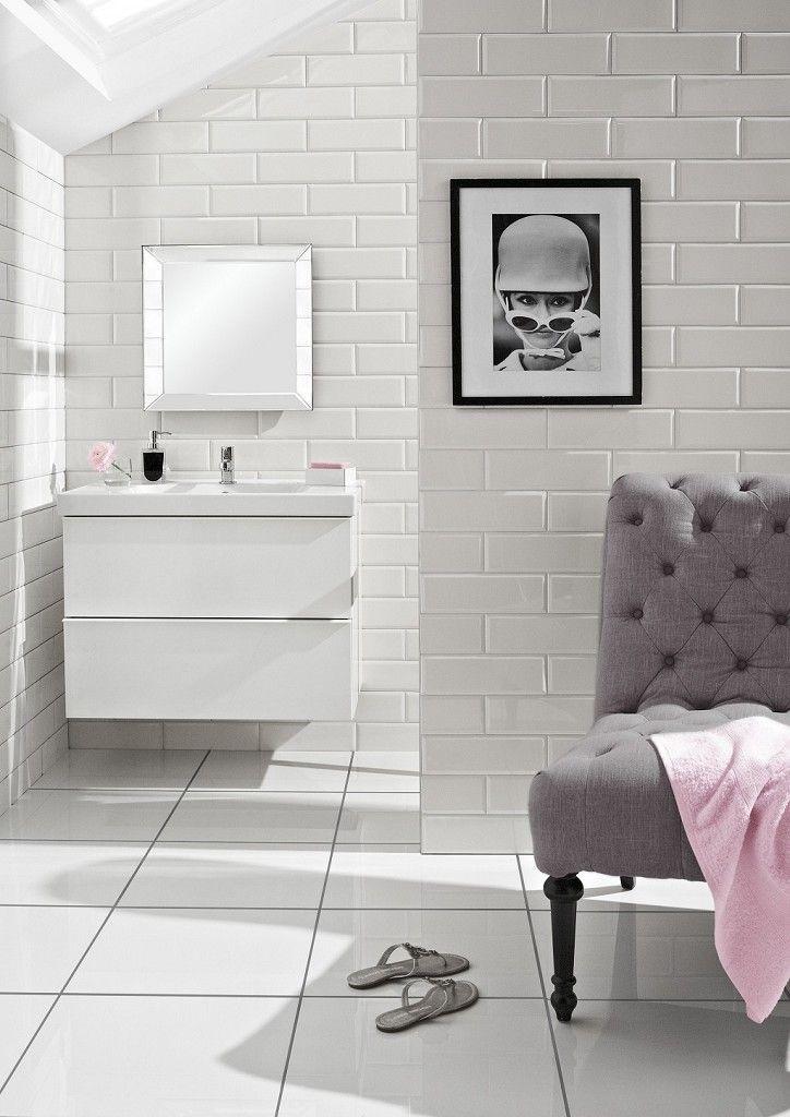 dank seiner leichten verarbeitung l sst sich kunststein beliebig in form bringen caesarstone. Black Bedroom Furniture Sets. Home Design Ideas
