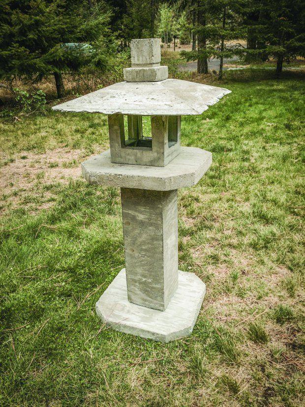 Build Custom Molds To Pour A Concrete Japanese Lantern Jardin Japonais Lampe Jardin Jardin Zen
