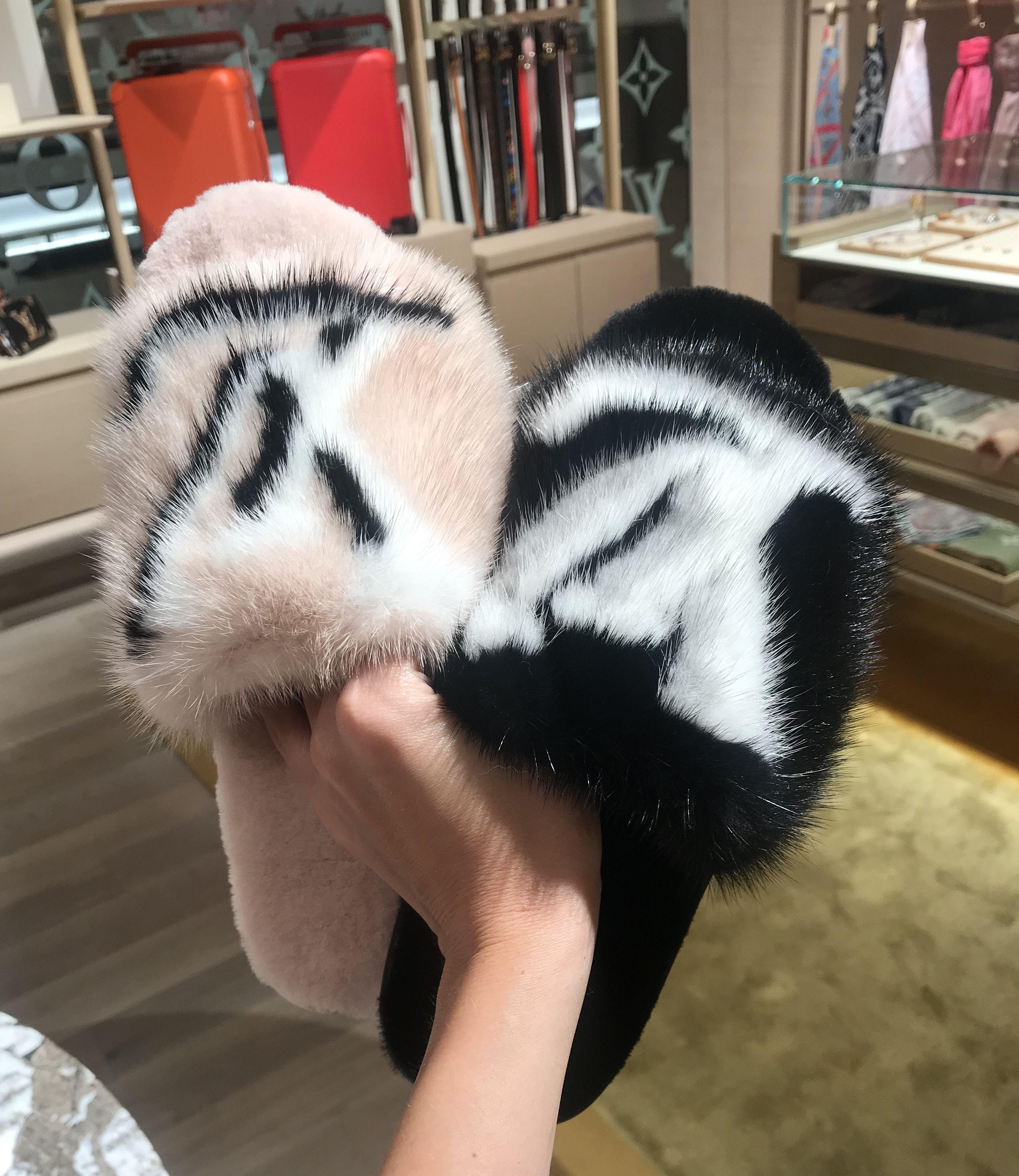 louis vuitton slippers pink fur