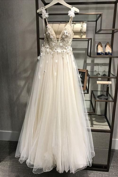 Einzigartige V-Ausschnitt Tüll Licht Champagner langes Abendkleid Abendkleid #eveningdresses