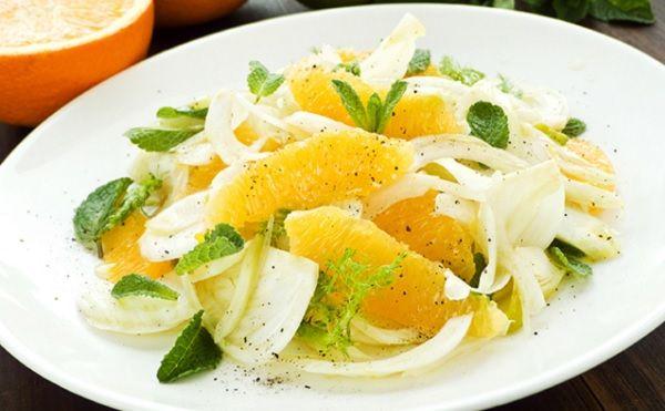 Pour préparer Salade de fenouil à l\u0027orange, nettoyez le fenouil - cuisine verte et blanche