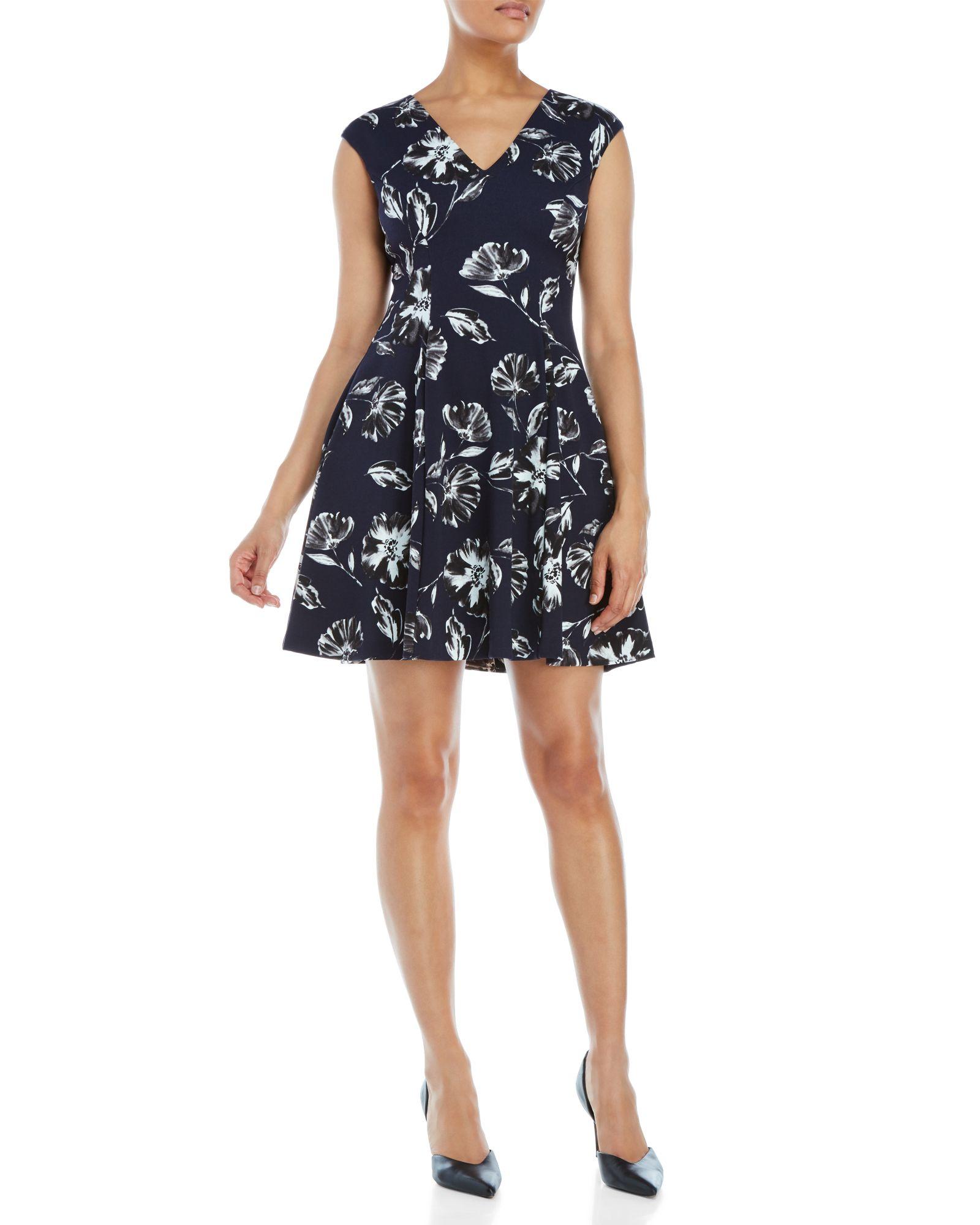 3d648e18fef Vince Camuto Floral V-Neck Fit   Flare Dress