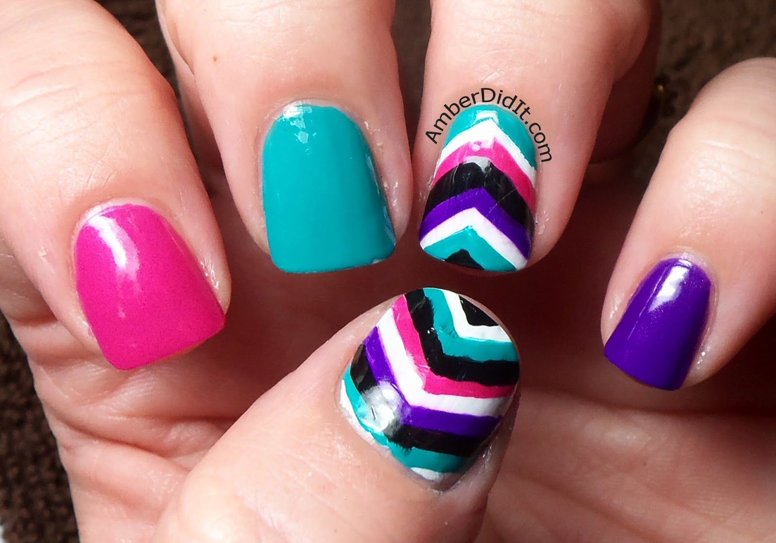Amber did it!: Colorful Chevron Accent Nails