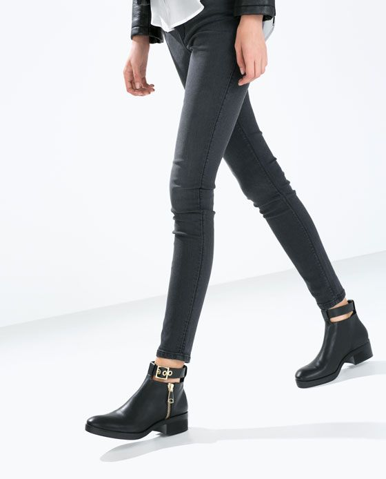 Leather low boots with strap // Zara