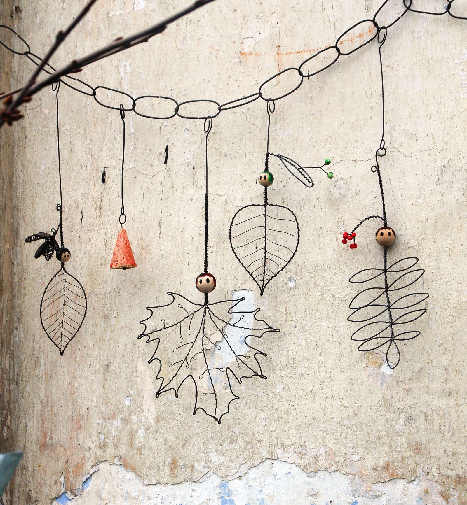 Lesní školka drátovaný loutkový závěs markki