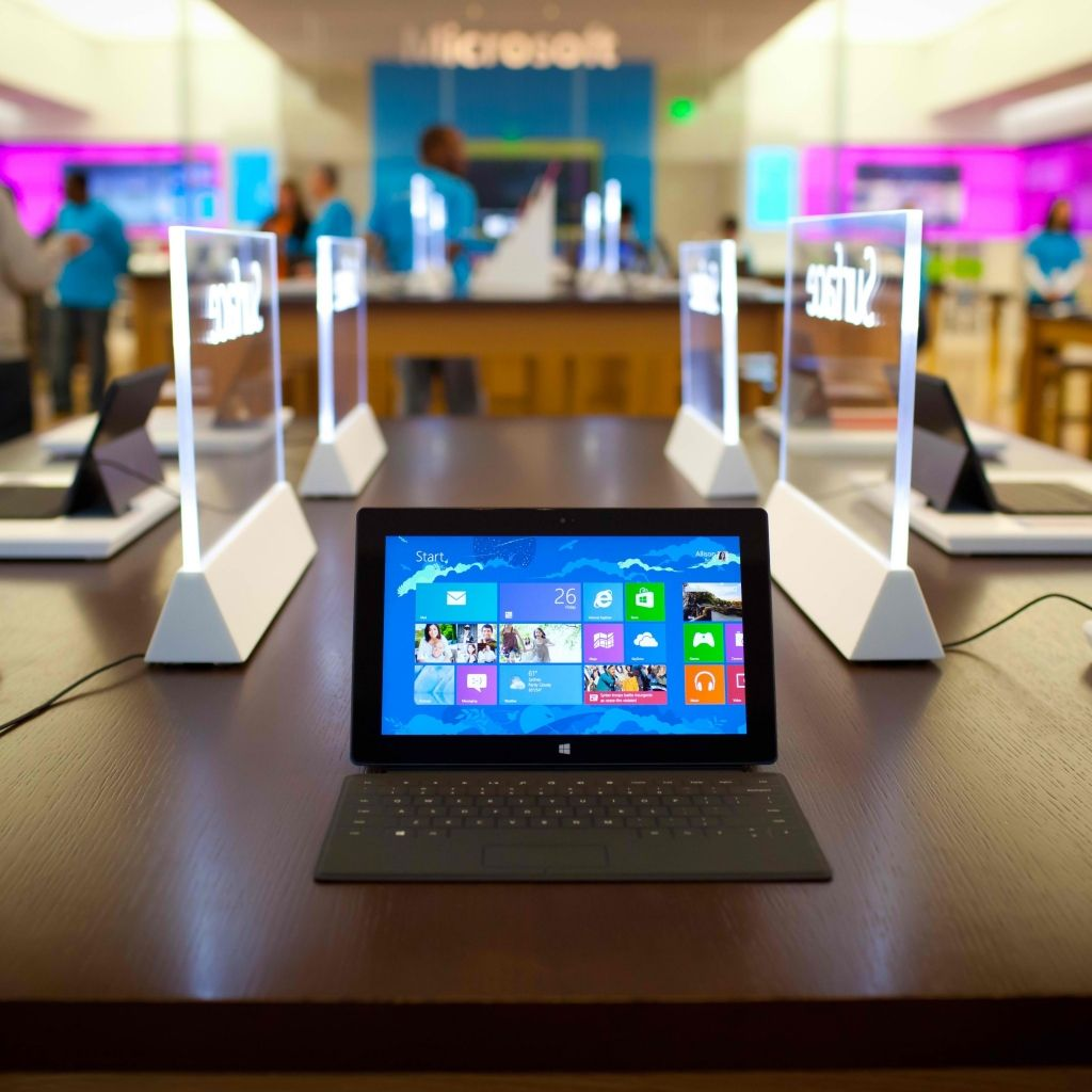 Microsoft Surface Pro Windows 8 Tablet