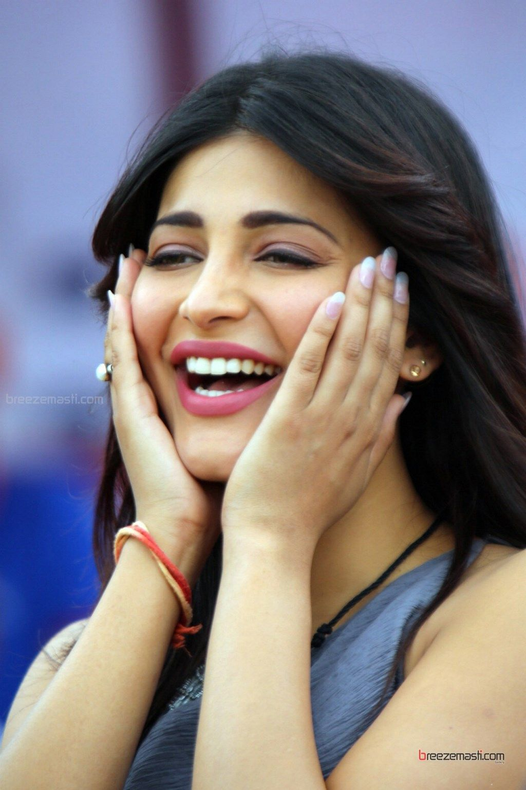 shruti-haasan | Shruti Hassan | Pinterest | Bollywood wallpaper ...