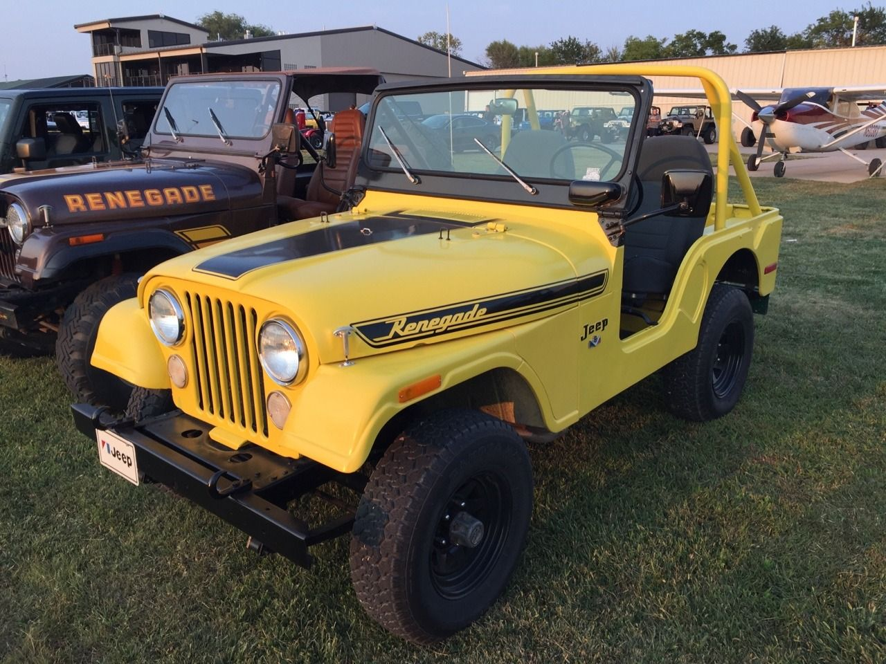 Yellow Jeep Renegade Yellow Jeep Jeep Cj Jeep Cars