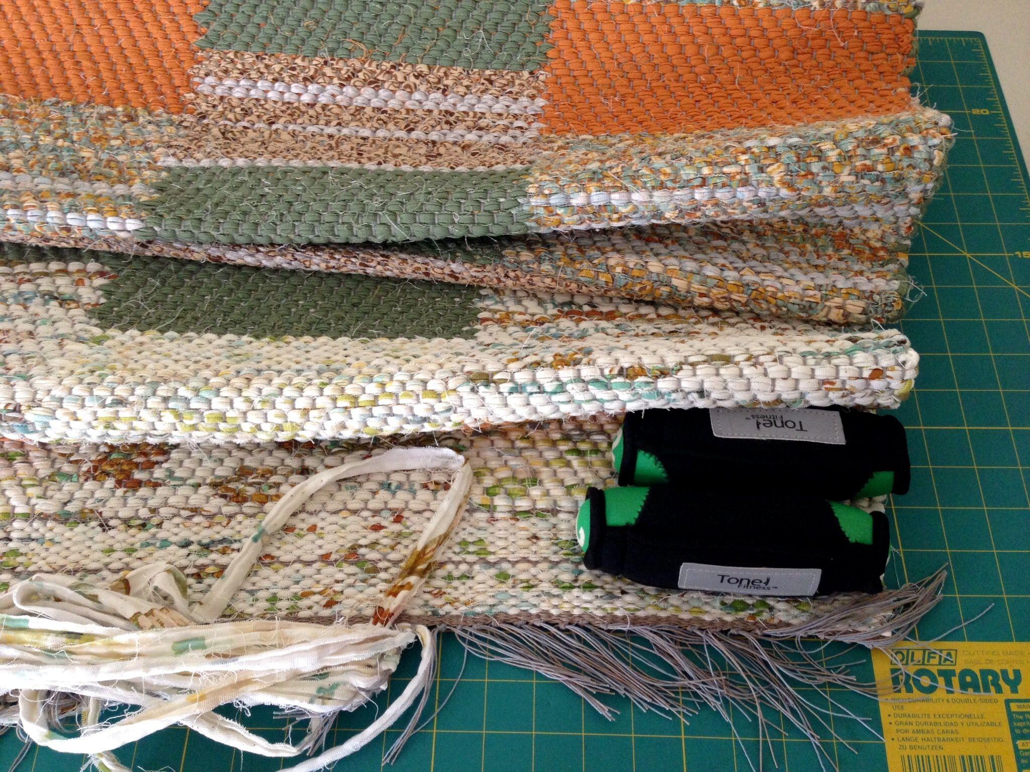 Information for hemming rag rugs. | Weave inspiration | Pinterest