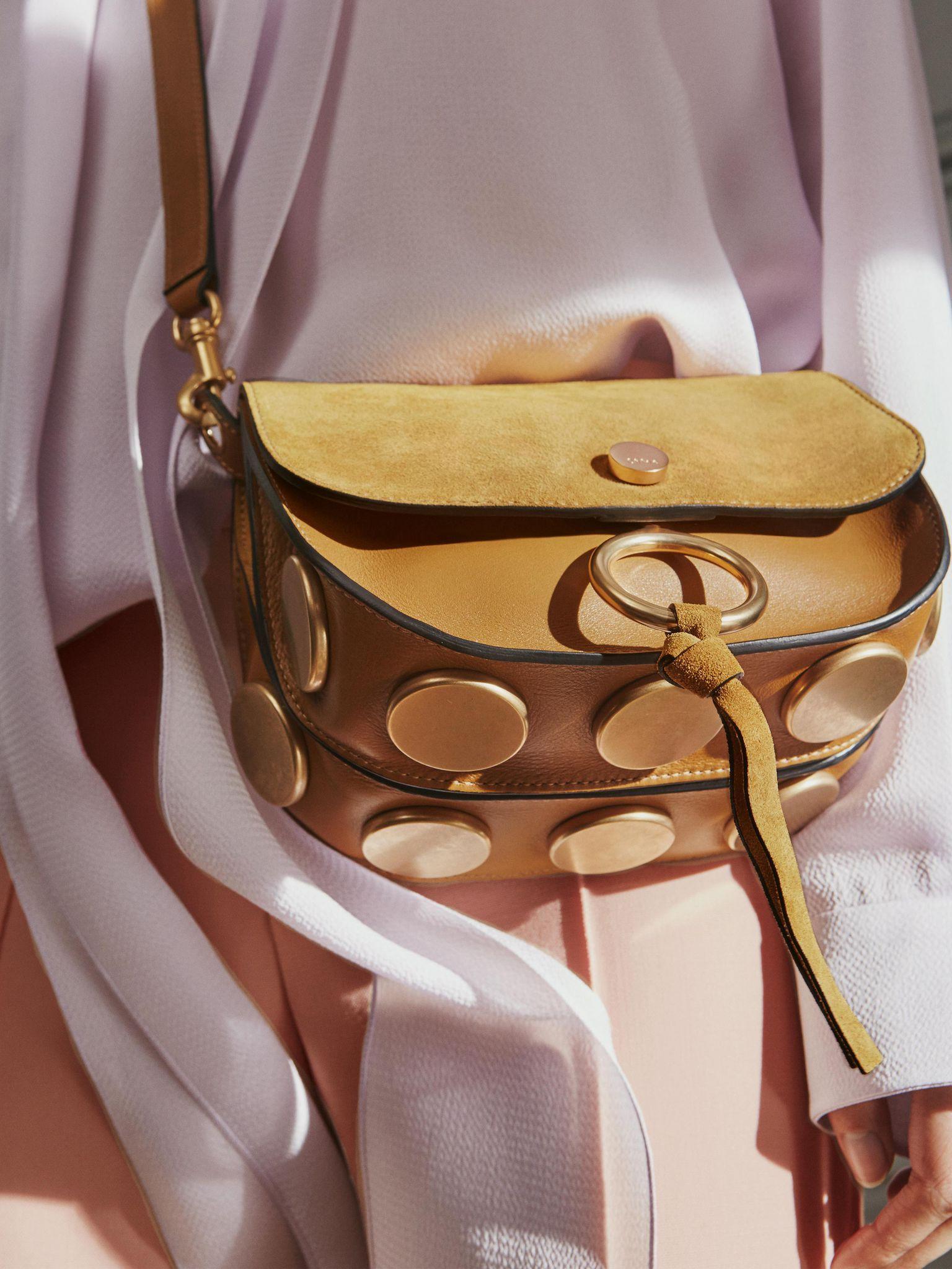 Chloé Kurtis Shoulder Bag d8e5980c62