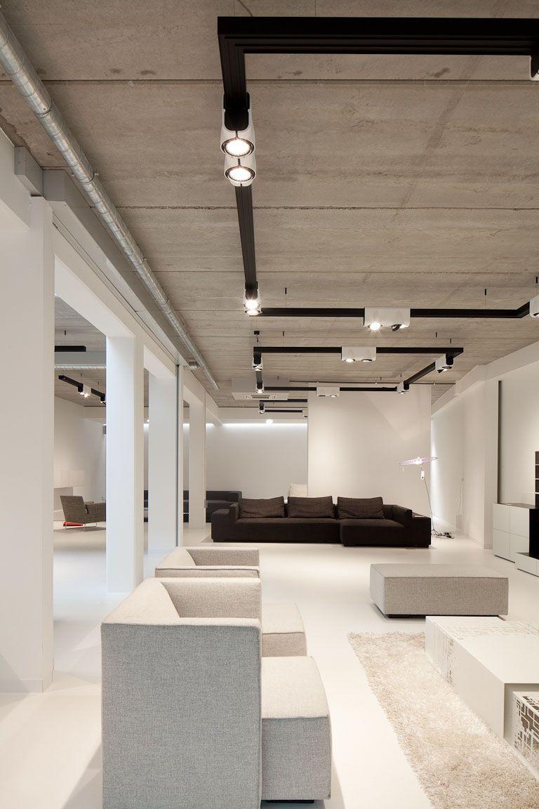 Modular Traffic showroom supermodular Retail lighting