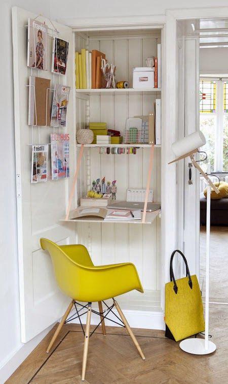 Un bureau dans le placard Bureaus Armoires and Small office