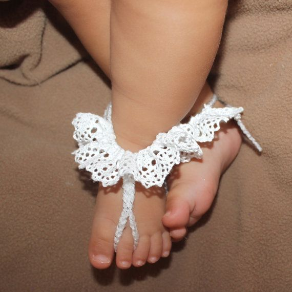 Sandalias de bebé, botitas de bebé ganchillo, zapatos de bebé del ganchillo de crochet, crochet el traje de bebé, pies descalzos, sandalias de bebé blanco, sandalias de ganchillo