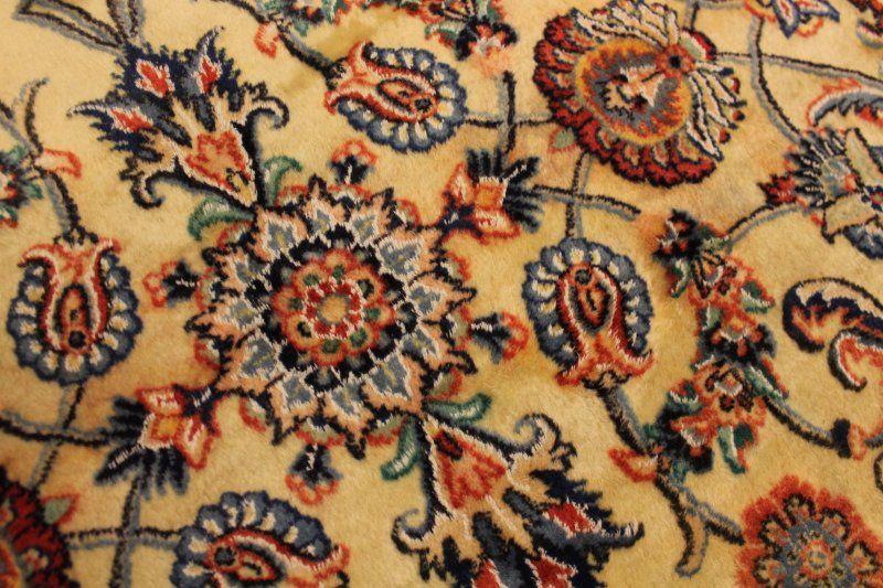 Carpet, 240x160, with silk, in our on-line store only - 195€ https://www.facebook.com/dekor.net.montenegro/app_410312912374011