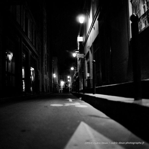Rue de Paris, la nuit
