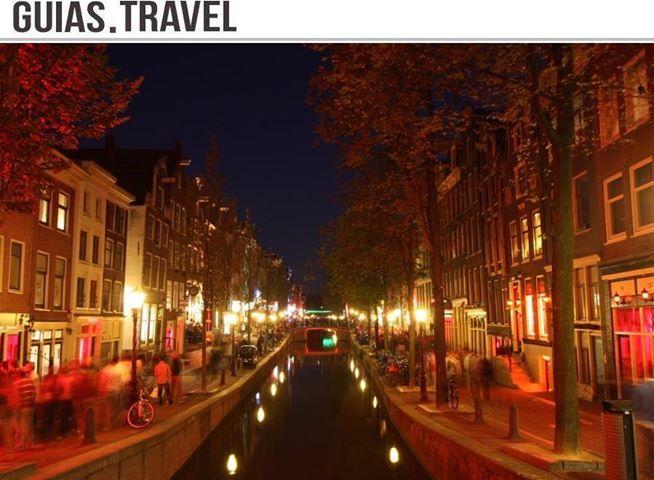 Muchas gracias a todos los que nos apoyáis con vuestros #megusta y compartiendo nuestras actualizaciones con los amigos, es para vosotros que desarrollamos nuestras guías cada día con ilusión, la última http://www.viajaraamsterdam.com/, el #mapaInteractivo más completo de la ciudad de #Amsterdam, click en los iconos para ampliar info http://www.viajaraamsterdam.com/mapa-interactivo/ de los lugares.