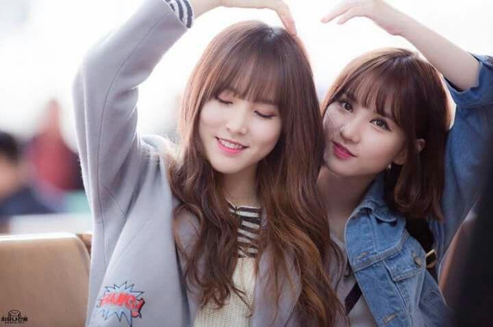 EunHa and Yuju... :)