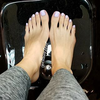 Ugly feet and pretty feet dating
