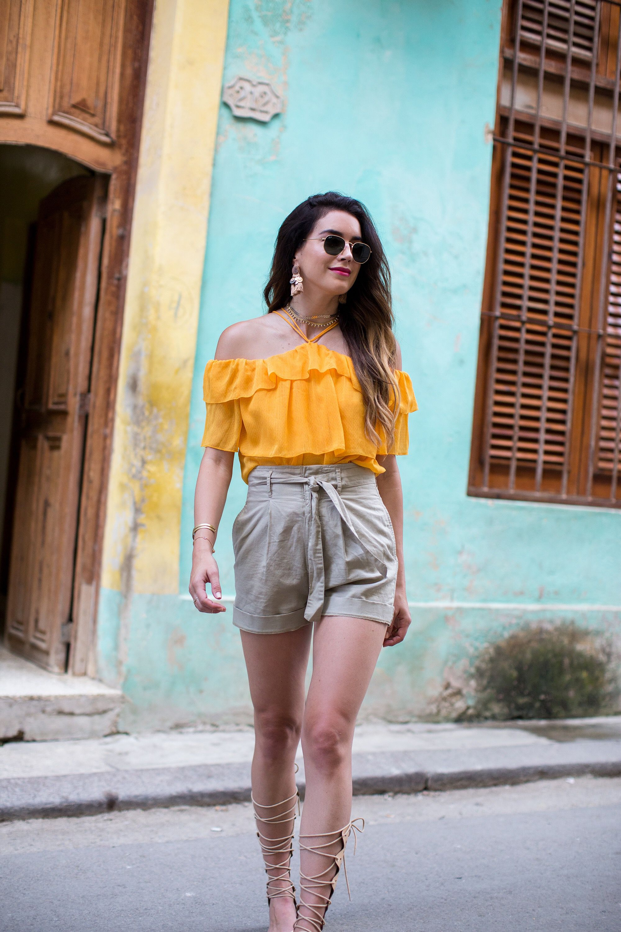 c63fec321238 Cuba has such a colorful vibe that this H&M outfit was perfect for a night  on the town in Havana!