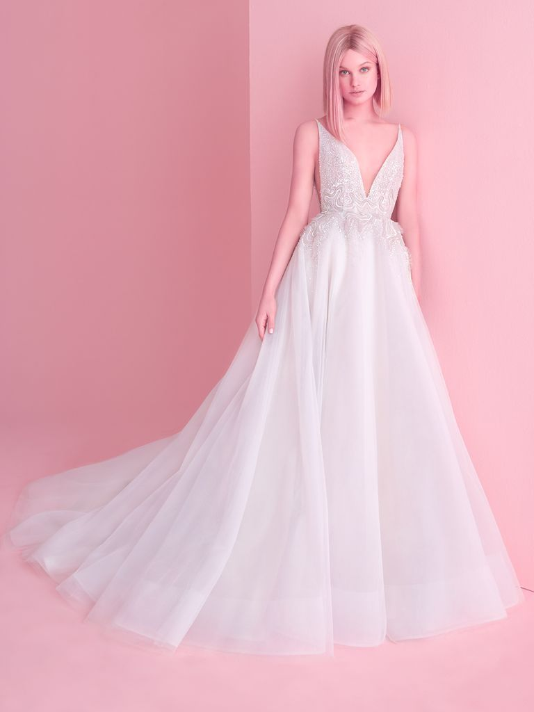 Hayley Paige Fall 2018: A Modern Take on Whimsical Wedding Dresses ...