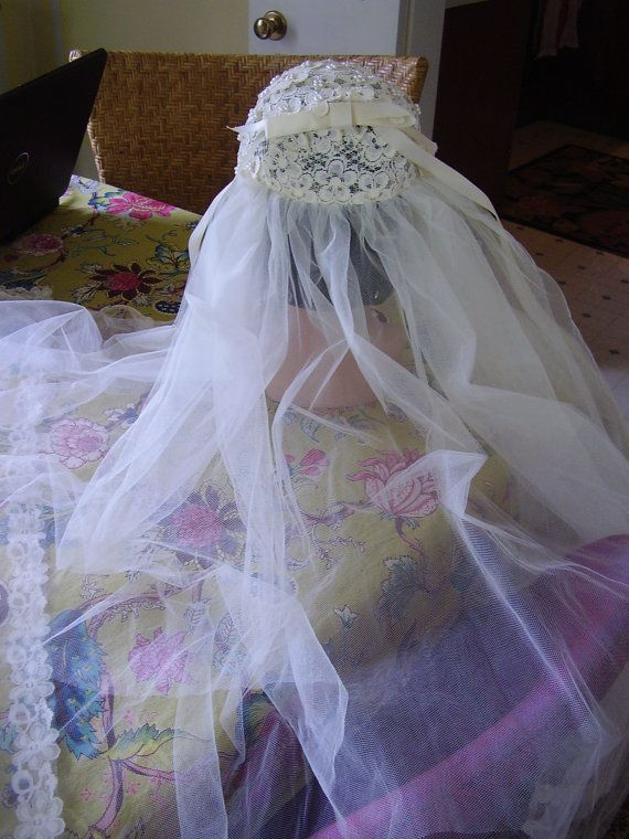 Vintage 1960s 70s Wedding Veil by TheLastPixie on Etsy, $15.50