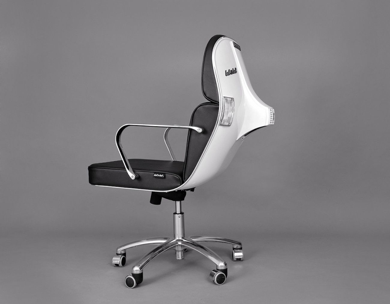Vespa Bv 12 Chair Stylish Office Chairs Office Furniture Modern