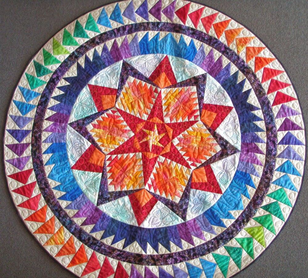 Round Quilted Geometric Wallhanging Art Quilt
