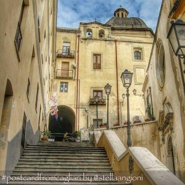 """""""Nel Quartiere Marina A #Cagliari Le Scalette Di Sant"""