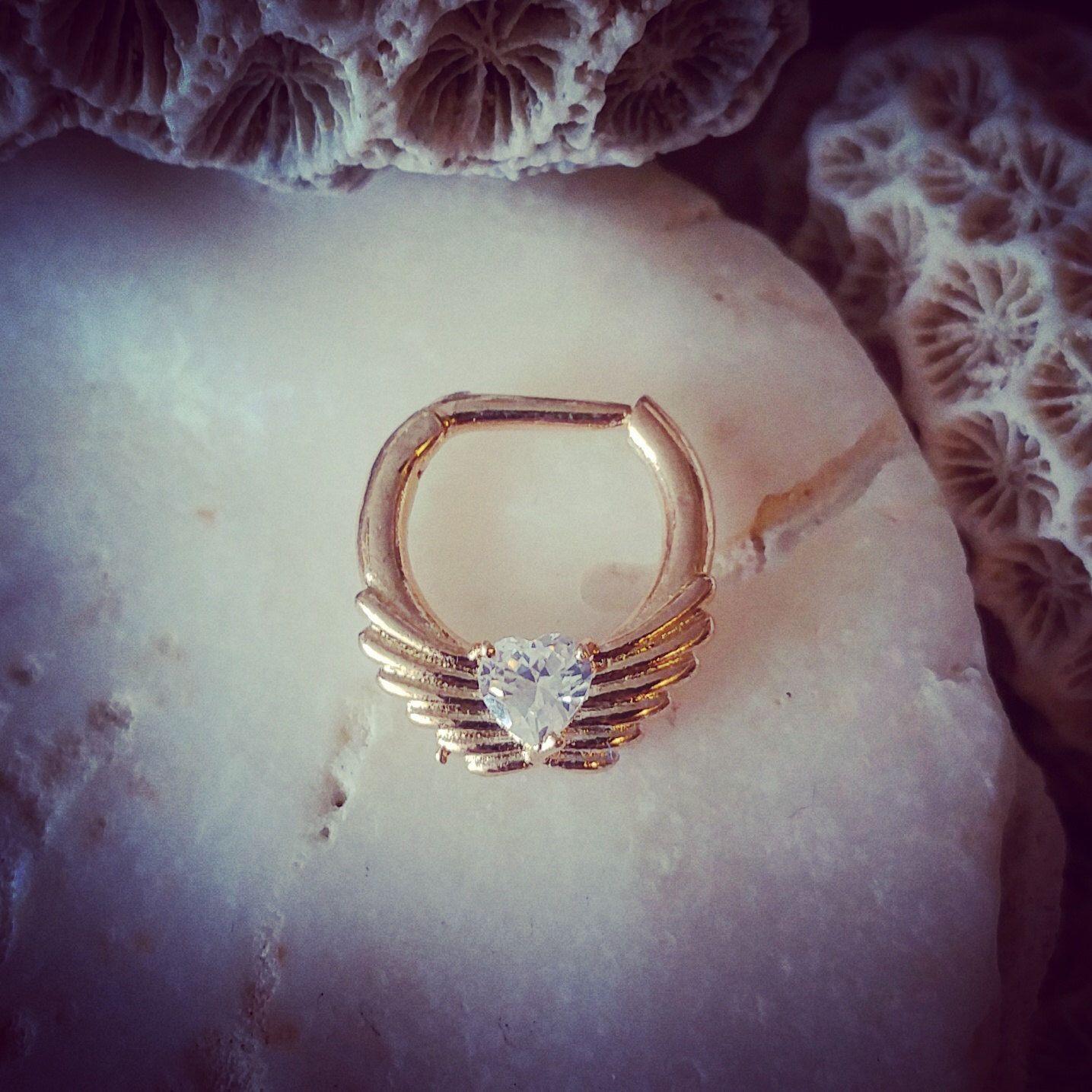 Crystal Heart Gold Septum Clicker 16G | Hinged Septum Ring Wings ...