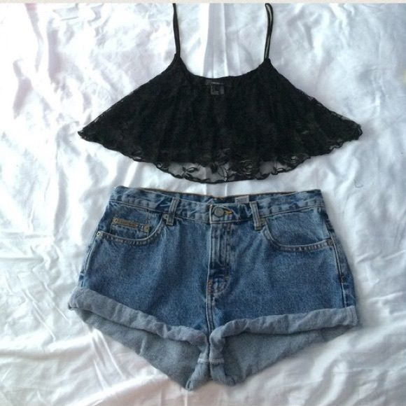 Strapless lace crop top Black lace crop perfect for the heat. Stylish and loose. Perfect condition and easy fit 🌟 fits B cup and up 💕 Tops Crop Tops
