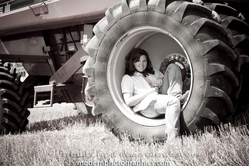 Senior pics on the farm