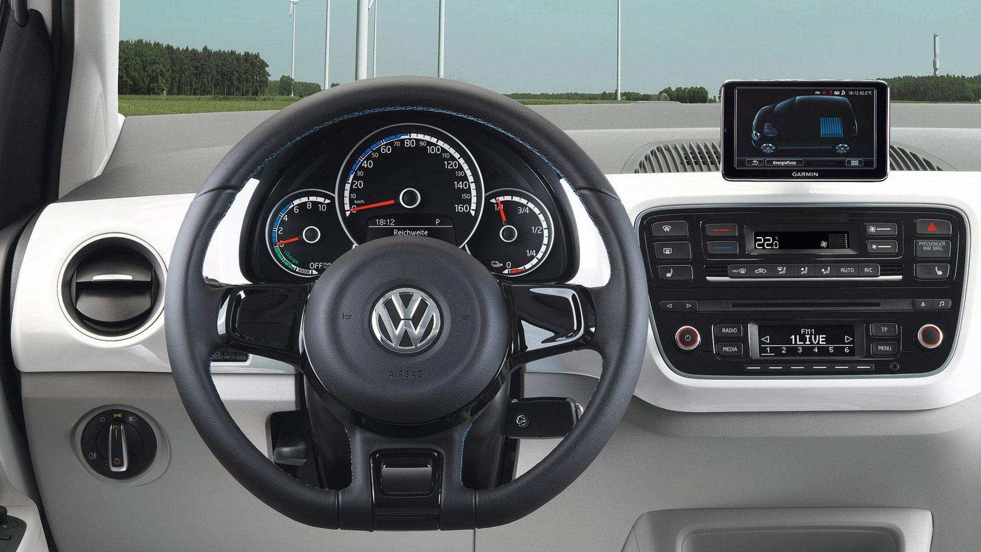 Volkswagen E Up Dashboard 2014 Volkswagen E Up Vs E Golf
