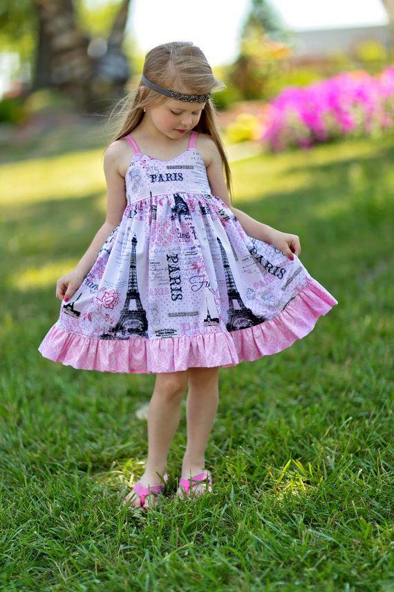 d924e0a94e Vestido de niñas divertidas París. Perfecto para fiestas de cumpleaños y  regreso a la escuela.