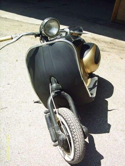 Vespa cafe racer classic scooters pinterest vespa for Vespa cafe racer