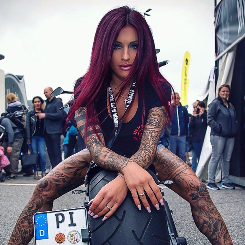 Zayra Manzo Nude Photos 15