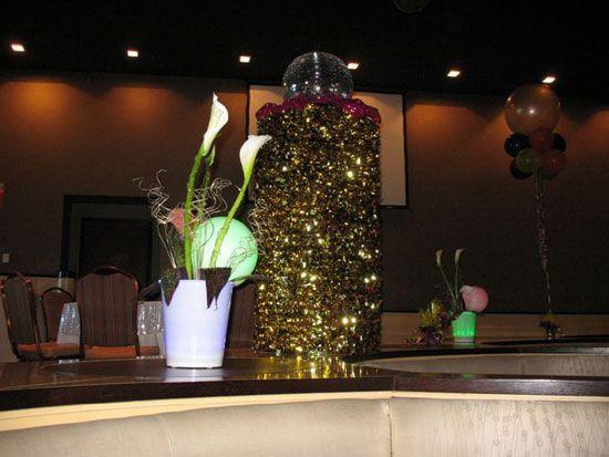 Metallic floral sheeting on a column