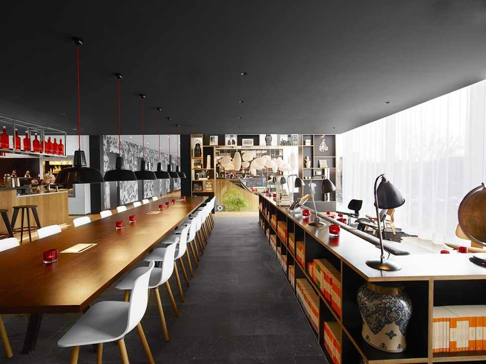 Vivid and Captivating Design Exuded by New citizenM Hotel in - design hotel citizenm london