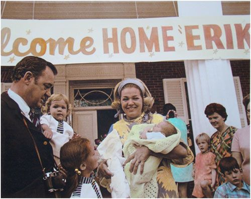 Florida governor, Claude Kirk, and family with their newborn baby (1970)