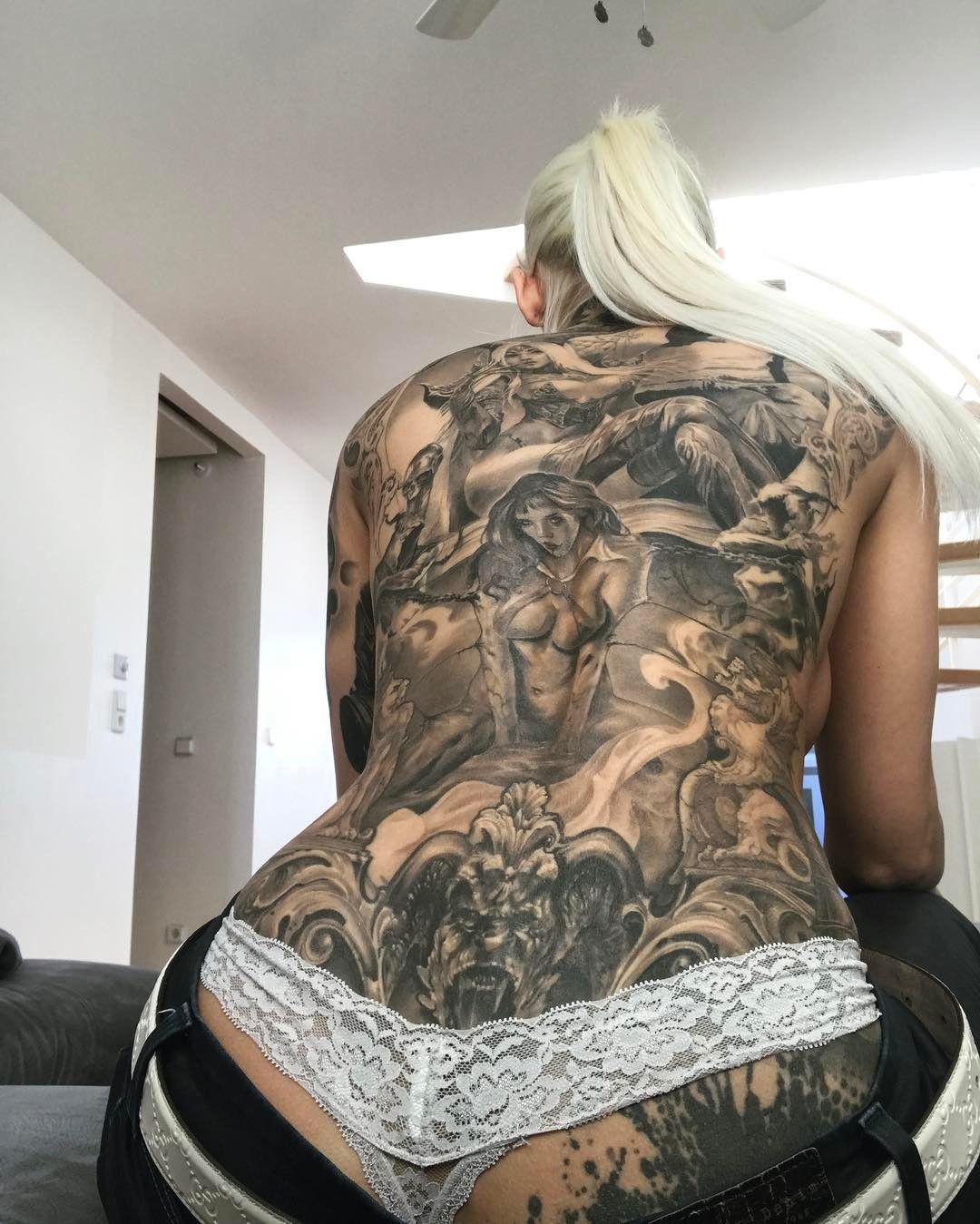Hardener jill Inked Girl